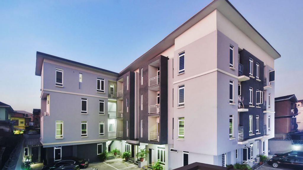 3032 Apartments, Sabo